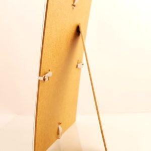 antyrama z plexi z nóżką